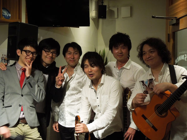 Live at 155 diner Yokohama