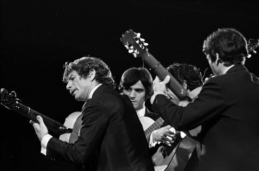 Grand Gala du Disque Populaire 1968 - Manitas de Plata.jpg
